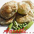 Mattar Kachori - <b>Bengali</b> Stuffed Poori