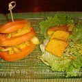 Mille-feuilles de patate douce au curry et au tofu