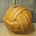 Ancien <b>Ballon</b> Foot Cuir Vintage 1940/1950 Déco Sport