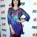 Katy Perry craque pour <b>Matthew</b> <b>Williamson</b> for H&M craque pour <b>Matthew</b> <b>Williamson</b> for H&M