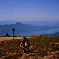Montée <b>à</b> <b>vélo</b> sur le mont Revard : magnifique belvédère sur le lac du Bourget et Aix les Bains (MASSIF DES BAUGES/SAVOIE)