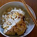 Chou-fleur entier rôti au sésame, au miso et au gingembre