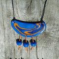 Collier ethnik graphik bleu et orange (15)
