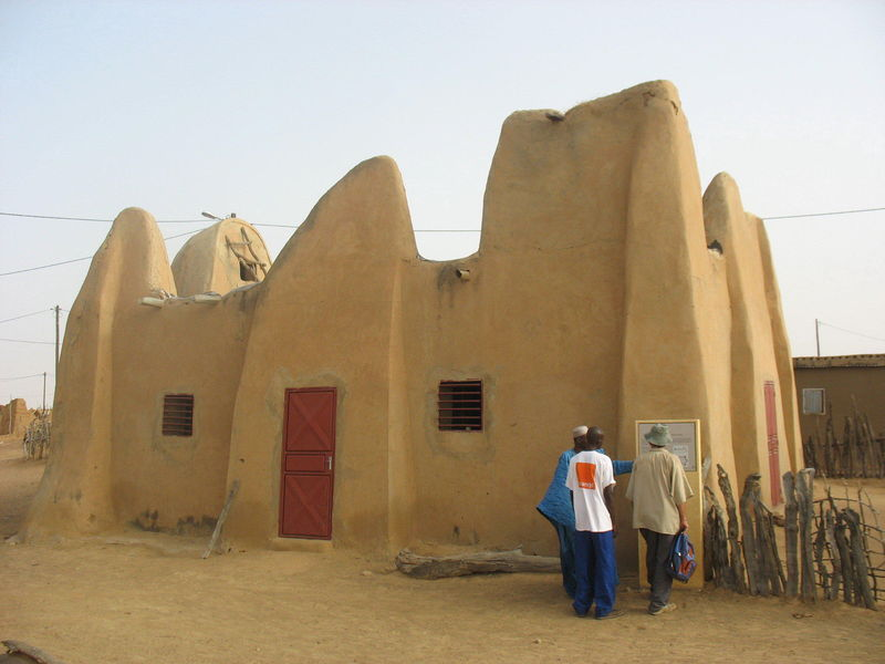 La Mosquée d'Alwar, Village Natal d'El Hadj Umar Seydou Tall