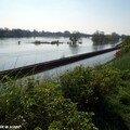 Reflet de Loire et le pont Tinat d'Orléans au loin