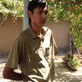 Oumid, le surveillant-bibliothécaire de l'école, chez lui à Soukok