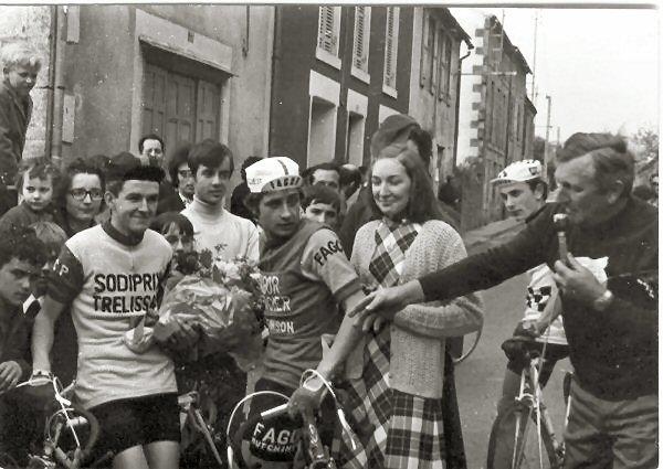 30,5) St Alvère en juin 1971