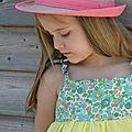 La robe d'été en plumetis jaune citron et liberty betsy turquoise