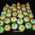 Cupcakes de pâques oeufs et poussins, poche à douille et pâte à sucre