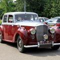 Bentley mark VI saloon de 1936 (Retrorencard juin 2010) 01