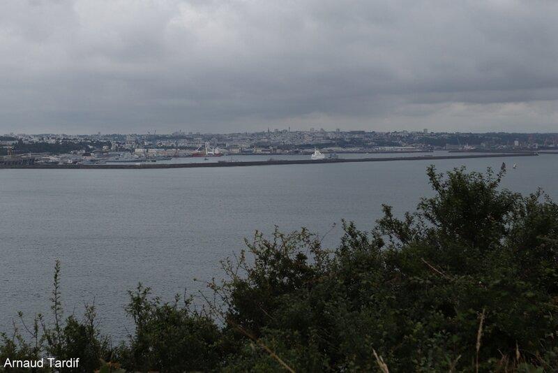 00770 Plomodiern - La Presqu'Ile de Crozon - La Pointe des Espagnols - Vue sur la Rade de Brest blog