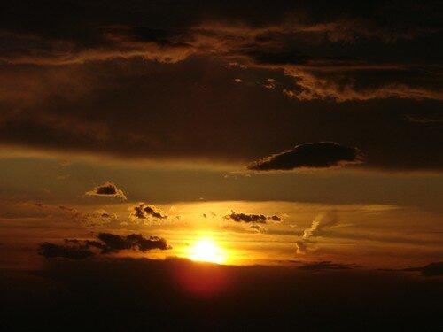 2008 04 27 Le coucher du soleil vu depuis la montagne du Meygal (12)