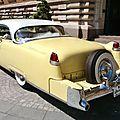 Une <b>Cadillac</b>, un coupé..