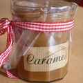 Bougie: pot de confiture au caramel