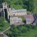 Abbayes normandes vues du ciel.