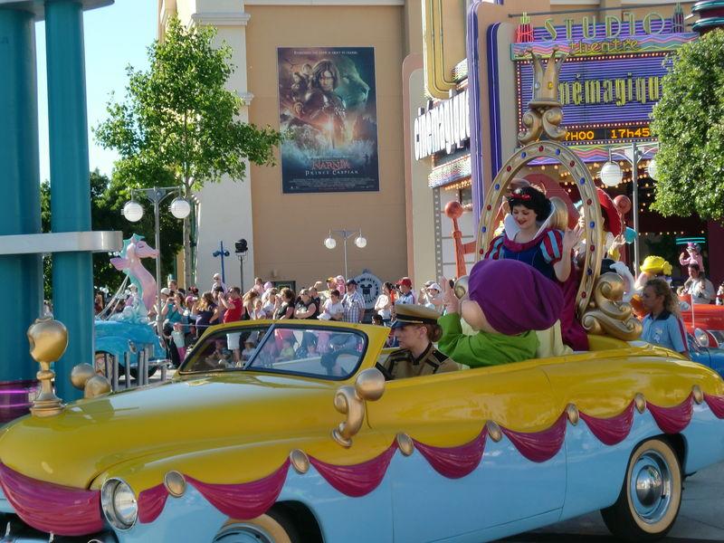la parade des Disney Studios : Blanche-Neige
