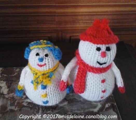 Bonhommes de neige amis de laine - Bonhomme de neige au crochet ...