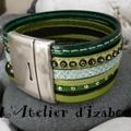 Je suis verte ! Verte de râge ! Comme ce <b>bracelet</b> manchette multirangs en <b>cuir</b> cousu vert, <b>cuir</b> <b>strass</b> vert, <b>cuir</b> pailleté vert.