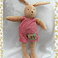 Doudou Peluche Lapin Sylvain Beige <b>Salopette</b> Rayures Rouge Moulin Roty