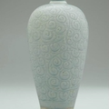 A rare large carved<b>Qingbai</b>vase,meiping, Southern Song Dynasty (1127-1279)