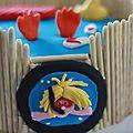 - gâteau d'anniversaire piscine -