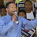 Un important et symbolique supporter de barack obama en 2008 affirme que la politique du président l'oblige à passer à droite !