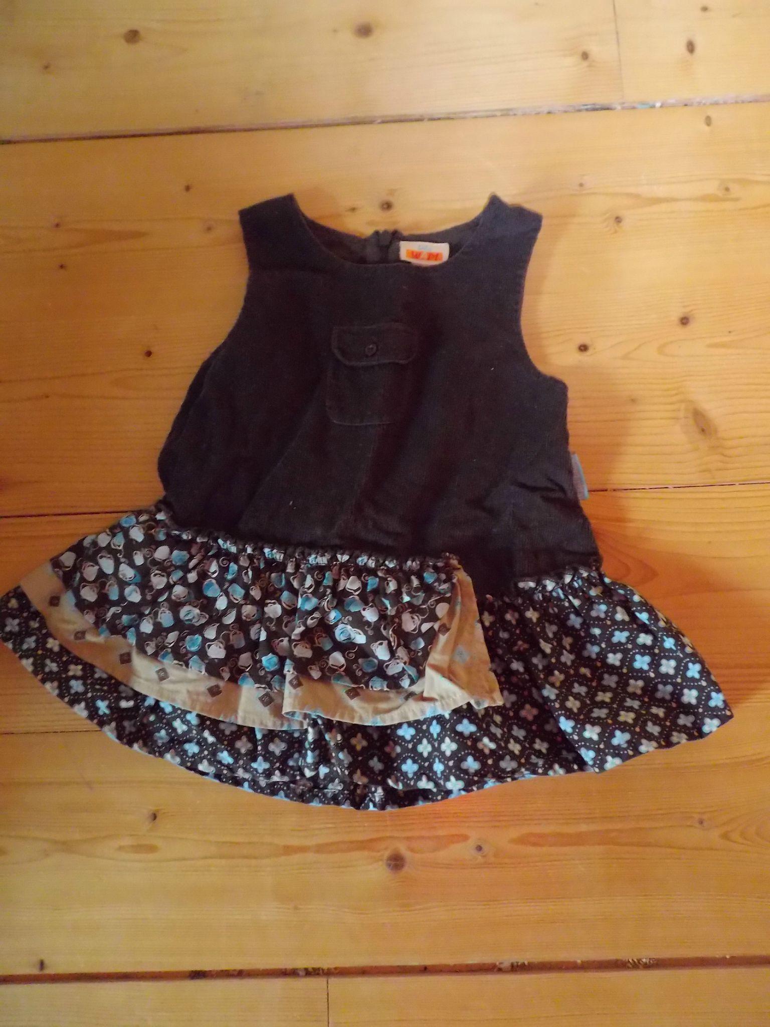 robe marque WAPI 4 € 6 mois bon état