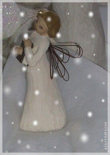Petit ange (visage peint à la main)