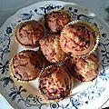 Muffins groseilles et chocolat blanc