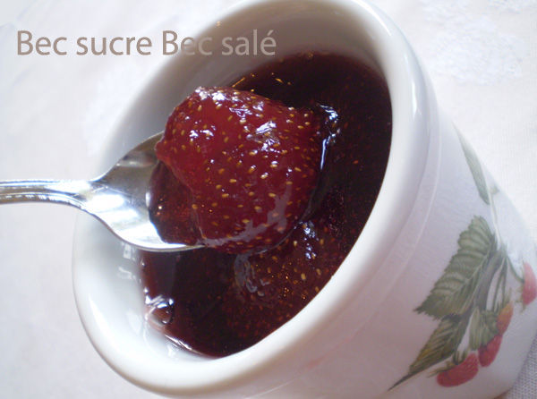 confiture de fraises entières