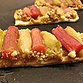 Tartelettes rhubarbe/<b>banane</b>/<b>crumble</b>