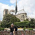 Amoureux, Cadenas Quai, Notre Dame_3619