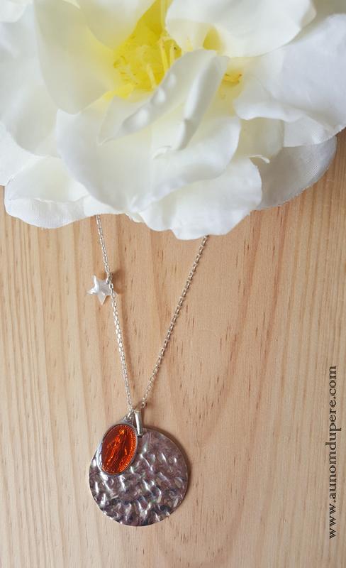 Sautoir de la médaille miraculeuse GM (orange) - 69 € sur chaîne 80 cm ; 64 € sur chaîne 60 cm