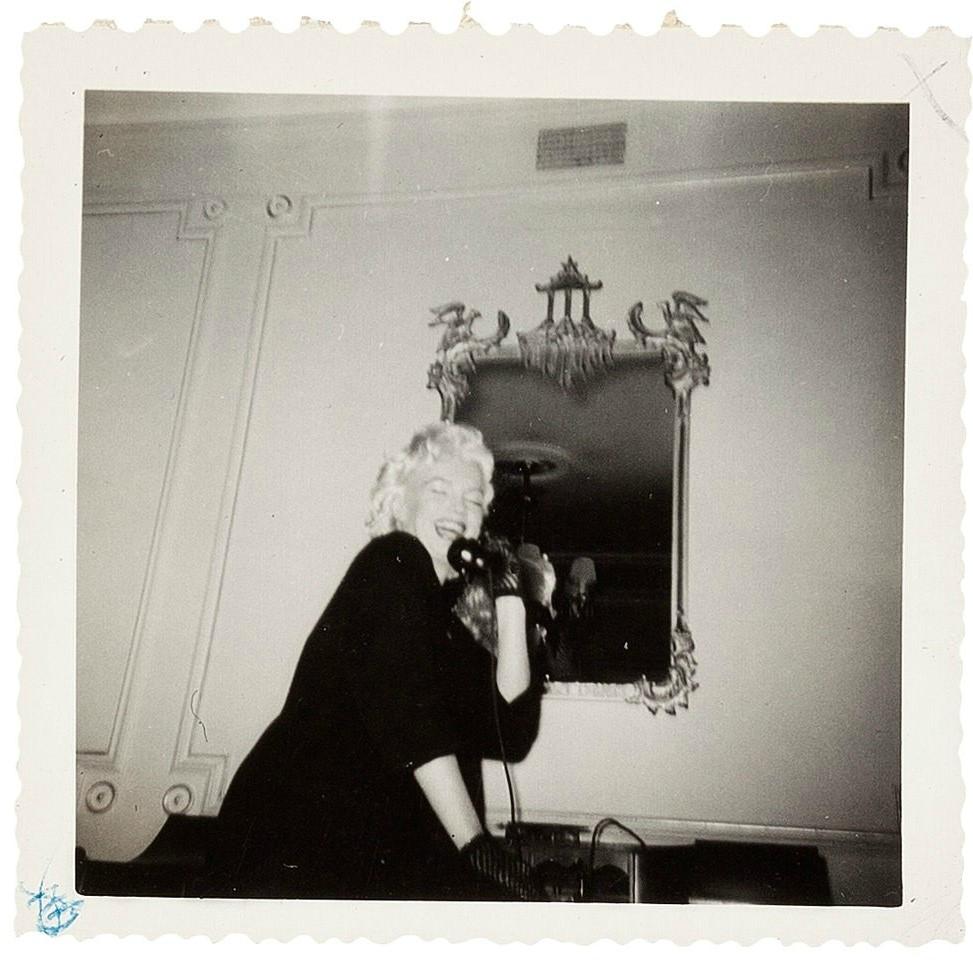 1955-01-26-ny-gladstone_hotel-on_phone-3-2