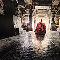 Un demi -siècle dans l' <b>Himalaya</b> : Photos de Mathieu Ricard à la librairie La Hune