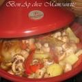 Tajine de poulet épicé aux olives et miellé aux légumes variés