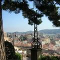 CANNES La croix au-dessus de la ville