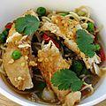 Poulet à l'asiatique, nouilles en bouillon - le tout bien épicé !