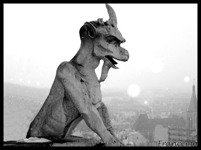 13-Notre Dame, gargouille sur clocher (2)