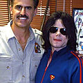 Moment Captured: Michael Jackson et Ron Magill, soigneur au zoo de Miami, en 2005