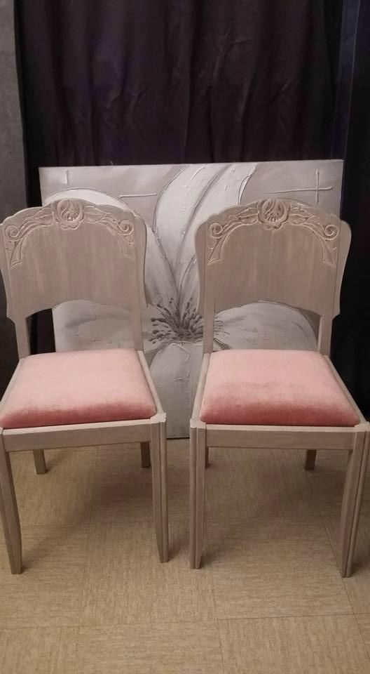 Chaises velours rose poudrée