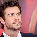 Galerie sur … <b>Liam</b> <b>Hemsworth</b> … acteur. surfeur . végan . hot !