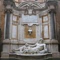 Les <b>statues</b> <b>parlantes</b> de Rome (5/10). « Marforio » (Palais neuf) est exilé dans un musée.