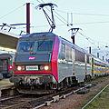 BB 26046 'livrée Carmillon prototype', gare de Paris-Bercy.