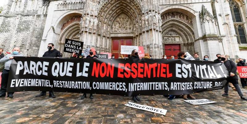 bm-manifestation-cathedrale-5-sur-8_27432330_20201113183003