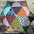 Coussin de triangles hexagonal !!