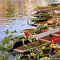 Marché flottant # <b>Isle</b> sur <b>Sorgue</b>