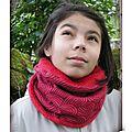 DSCN9732-snood-enfant-femme-owly-mary-du-pole-nord-jersey-extensible-reversible-jardin-zen-rouge-polaire-doudou-chaud-fait-main