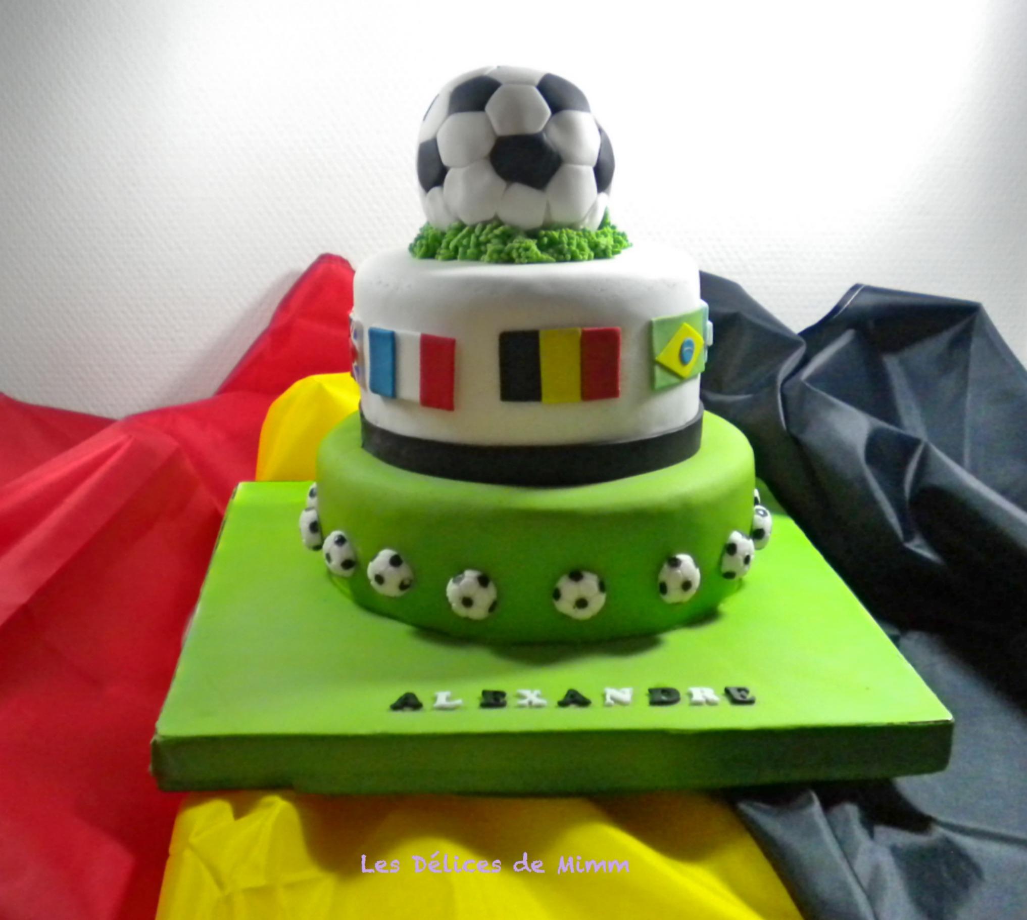 Mon gâteau Mundial 2018 (avec tuto ballon de foot)