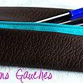 mini-trousse en simili cuir chocolat et turquoise